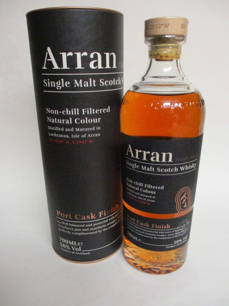 Eine Flasche Whisky Arran Port